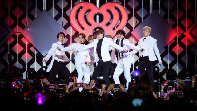BTS出演 iHeartRadio主催「2021 Jingle Ball ツアー」LA公演に参加決定 - 詳細